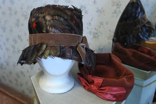 (8) Women's Vintage Hats