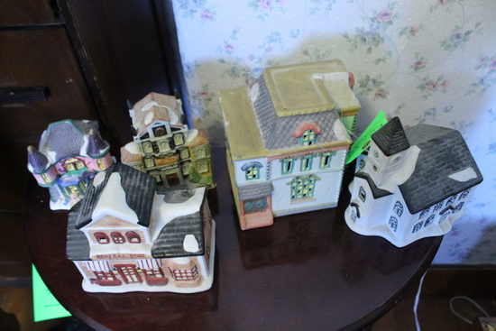 (5) Holiday Decorative Buildings