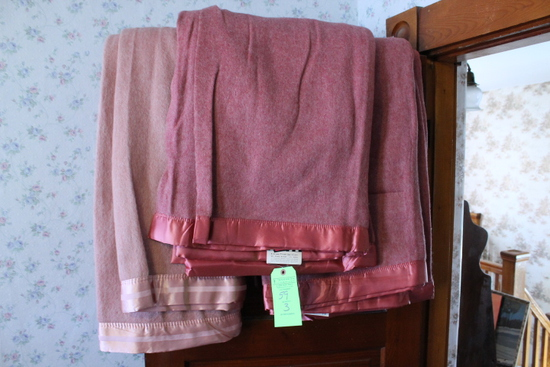 (3) Vintage Nashua & Kenwood Wool Blankets