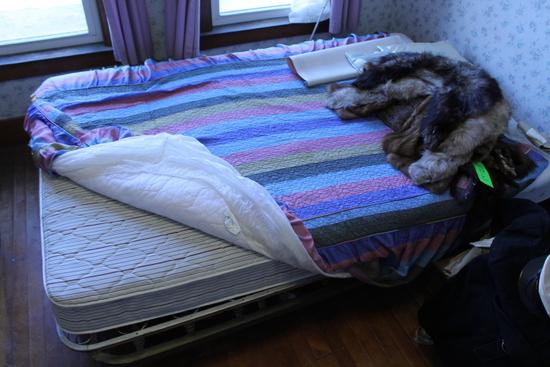 Full Size Mattress & Spring Box Bed