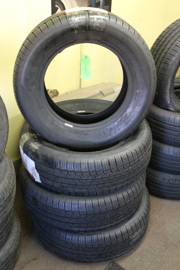 (4) Supermax Tires