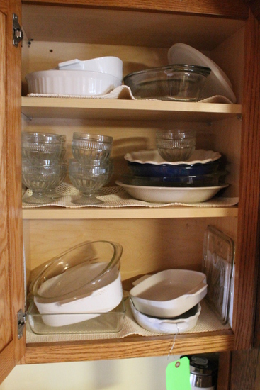 China Lot in (5) Cabinets