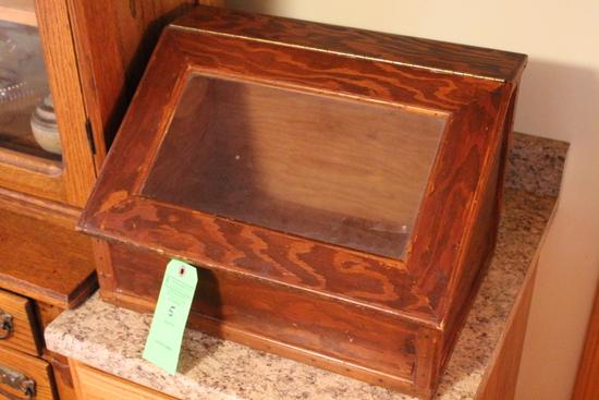 Wood Countertop Bread Box