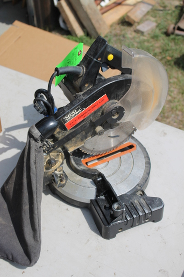 "Master Mechanic 8.25"" Compound Mitre Saw"