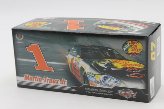 Motorsports Authentics #1 Martin Truex Jr.