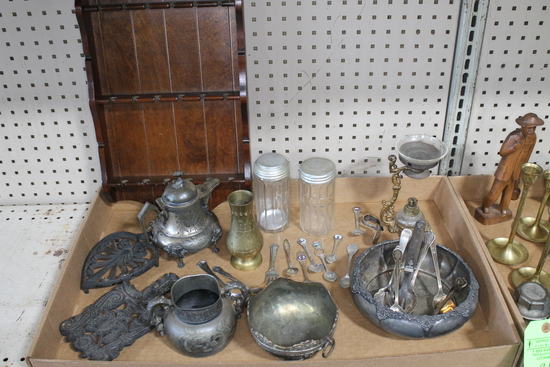 Vintage Collectible Decoratives and Silverplate