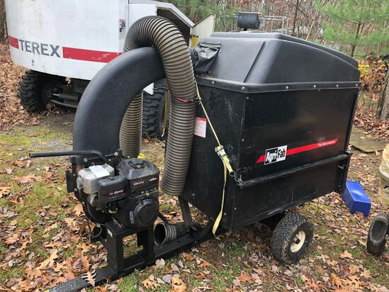 Agri Fab Tow-Behind Leaf Vacuum