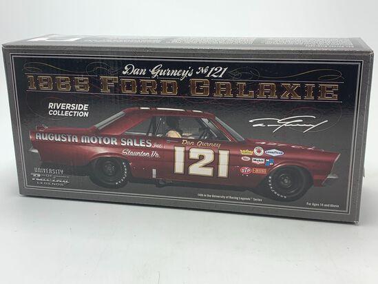 Dan Gurney #121 1965 Ford Galaxie Wood 21 Brothers