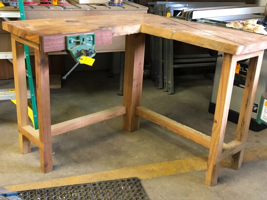 """""""L"""" Shape Work Bench with Vise"""