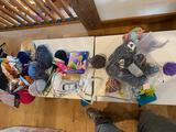 Yarn & Knitting Supplies
