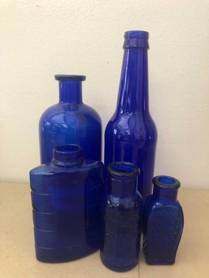 (5) Blue Bottles incl. Poison