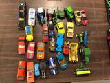 (30) Pieces Matchbox, Hotwheels, Etc