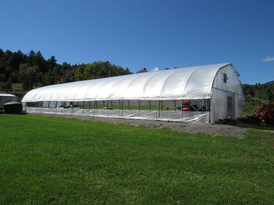 (1340) Greenhouse, Agricultural & Travel Trailer