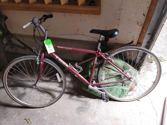 TREK Multitrack Bicycle