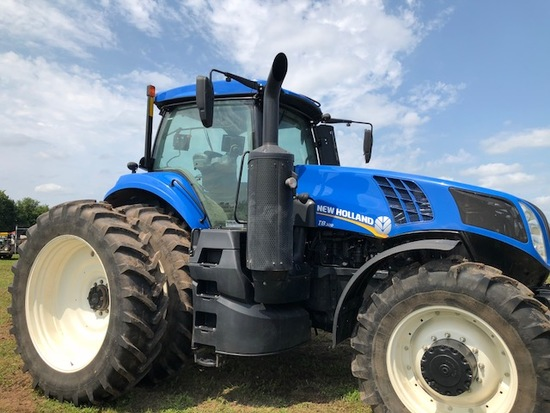 New Holland T8.32