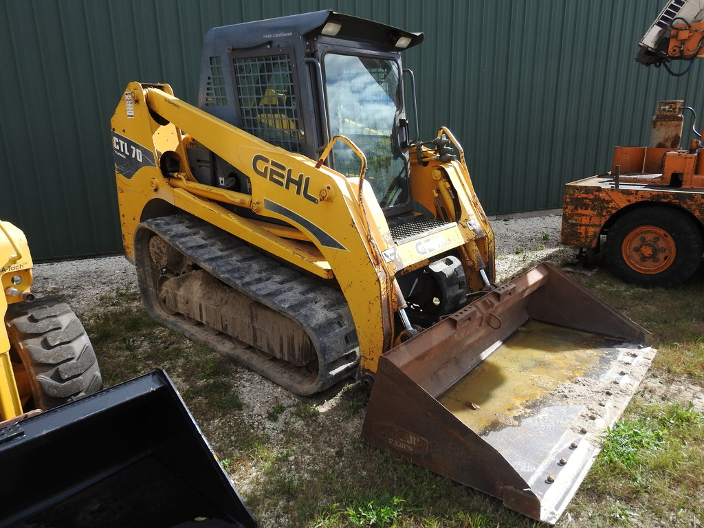 2007 Gehl CTL70 Track Skid Loa    Auctions Online | Proxibid