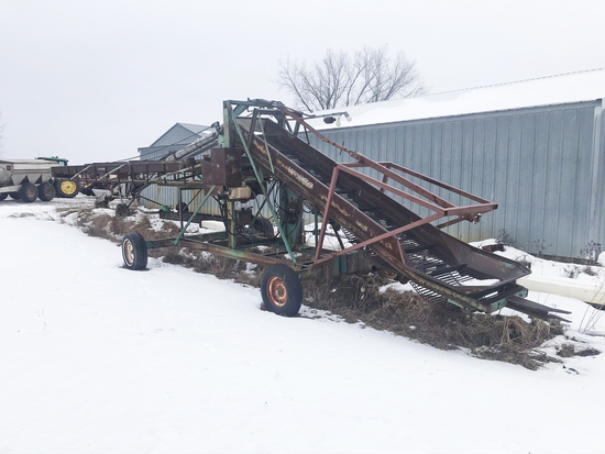Lockwood Potato Bin Piler w/ transport