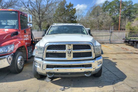 TRUCK #26 WHITE 2013 Dodge 5500 Convential Cab Cumminns 6.7 L Diesel, 243,6