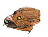 Wilson AQ2684 Baseball Glove with 1995 Milwaukee Brewers Autographs Includi