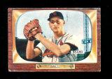 1955 Bowman Baseball Card #206 Ralph Beard St Louis Cardinals. Has Crease o