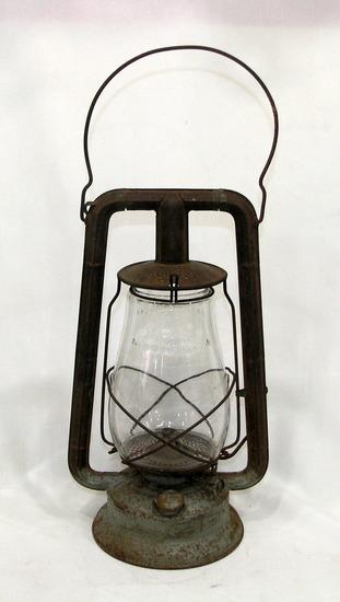 Vintage Dietz Monarch Rail Road/Barn Lantern Rust and Patina Where Paint Ha