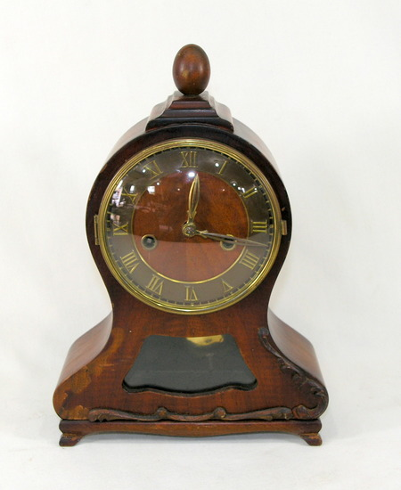 Vintage Windup Mantel Clock Made in Germany with TH. Rieble Germany Movemen