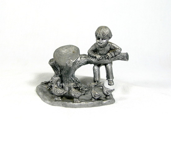 Limited Edition Michael Ricker Pewter Sculpture 4160/5250.
