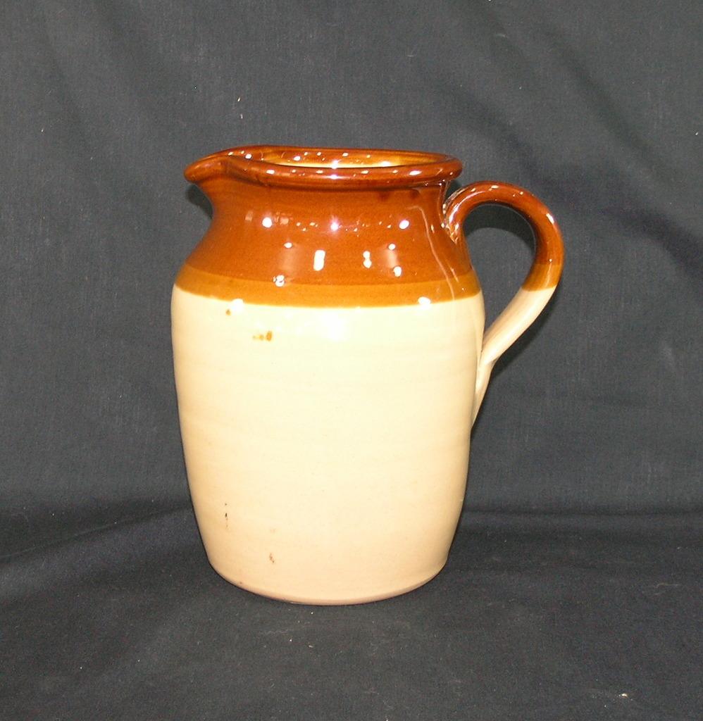 Vintage Pearsons Of Chesterfield 1810 Stoneware Pitcher. Beige Dark Brown A
