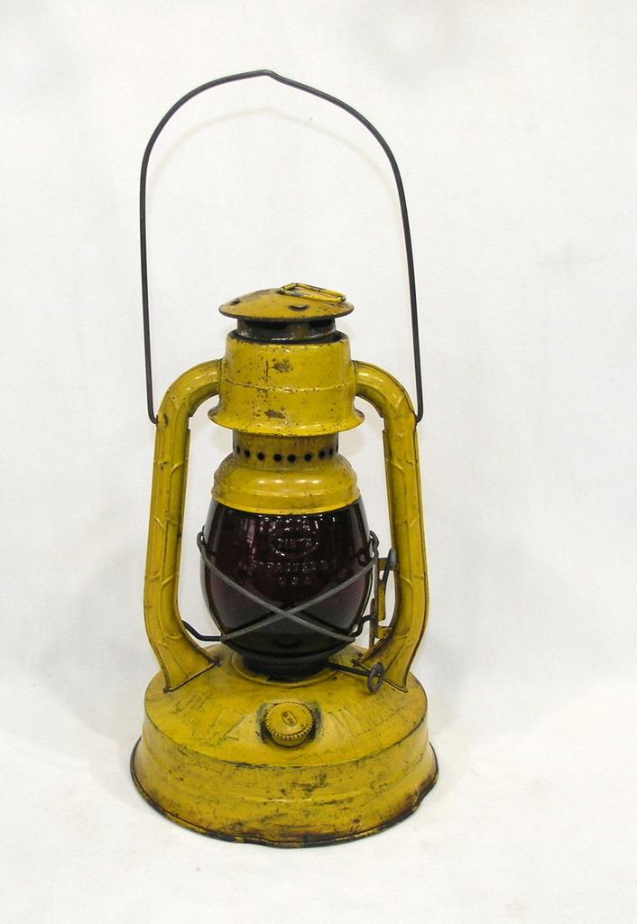 Vintage Dietz Model No. 100 Cold Blast Lantern Manufactured Syracuse New yo