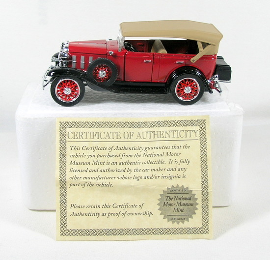Diecast Replica of 1932 Chevy Phaeton From National Motor Museum Mint 1/32