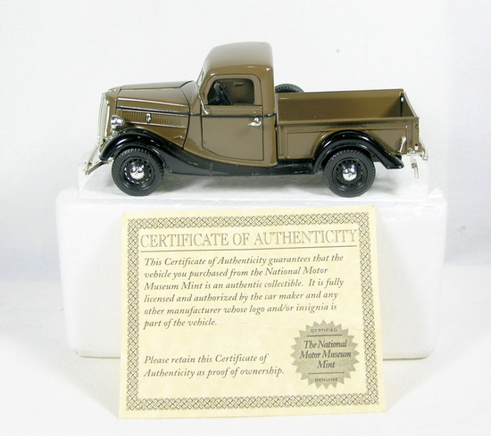 Diecast Replica of 1937 Ford Pickup From National Motor Museum Mint 1/32 Sc