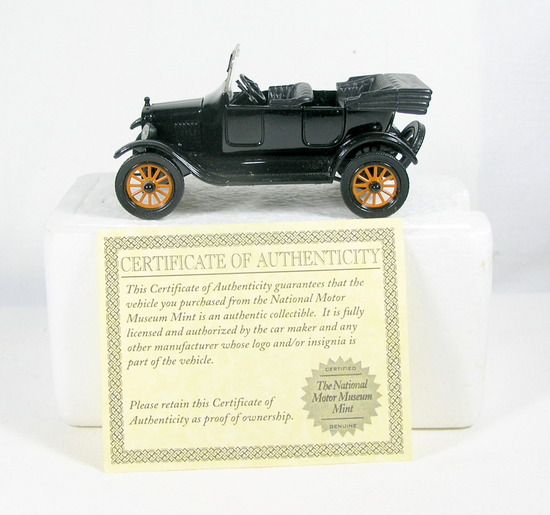 Diecast Replica of 1925 Ford Model T Touring From National Motor Museum Min