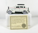 Diecast Replica of 1934 Ford Deluxe FordorFrom National Motor Museum Mint 1