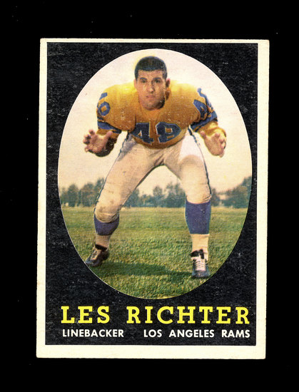 1958 Topps Football Cards #105 Hall of Famer Les Richter Los Angeles Rams.