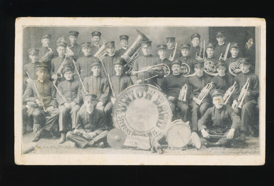 1914 STEVENS POINT:  UNION BAND.   SIZE:  Standard;  CONDITION:  VF; VALUE: