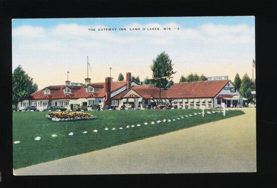 1945 LAND O'LAKES:  The Gateway Inn.  SIZE:  Standard; CONDITION:  Mint; VA
