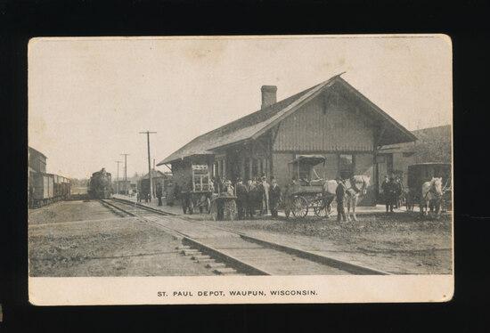 1910 WAUPUN:  ST. PAUL DEPOT, Waupun, Wisconsin.  SIZE:  Standard; CONDITIO