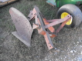 SINGLE BOTTOM TURNING PLOW