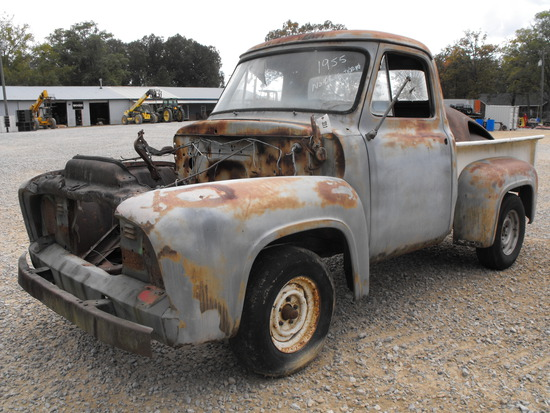 1955 FORD TRUCK FOR PARTS OR RESTORATION/BED FULL OF EXTRAS