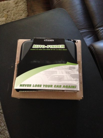 auto-finder Travel Kit- new in box  all batteries included.