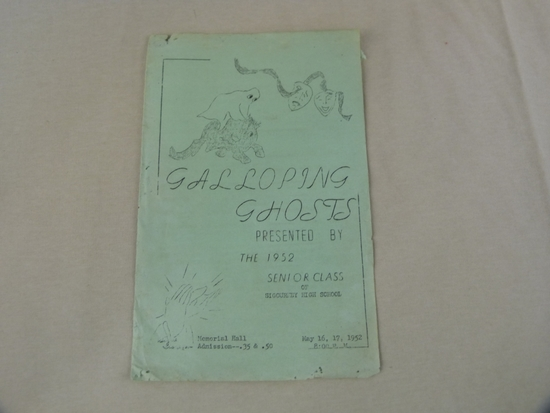 "Sigourney H.S. 1952 Senior Class play  program, ""Galloping Ghosts"""