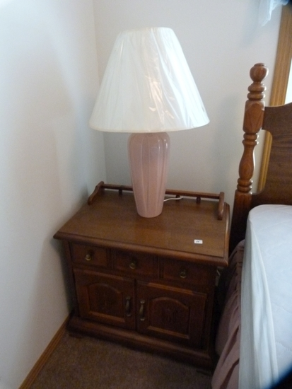 Nightstand with split doors and one drawer with lamp