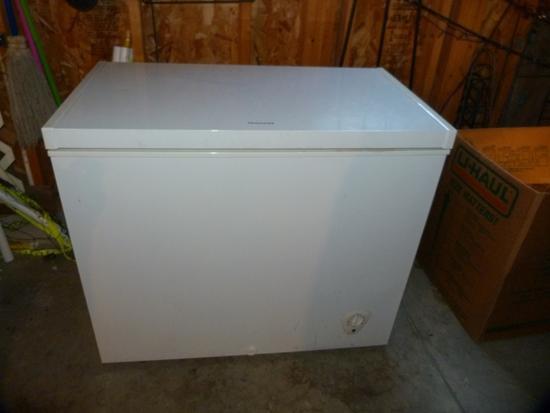 """Frigidaire small chest freezer - 37-1/4"""" W x22"""" D x 32-3/4"""" T"""