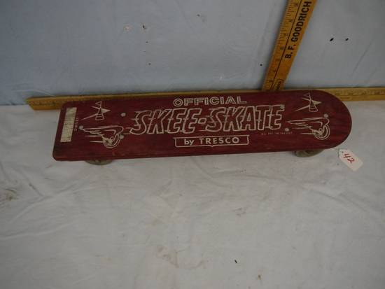 """Skee-Skate by Tresco skateboard, 18-3/4"""" long"""