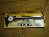 Tajima Dial-15 carbon fibre dial calipers