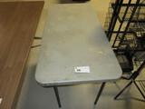 4FT FOLDING TABLE