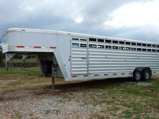 Exiss 24' Cattle Trailer