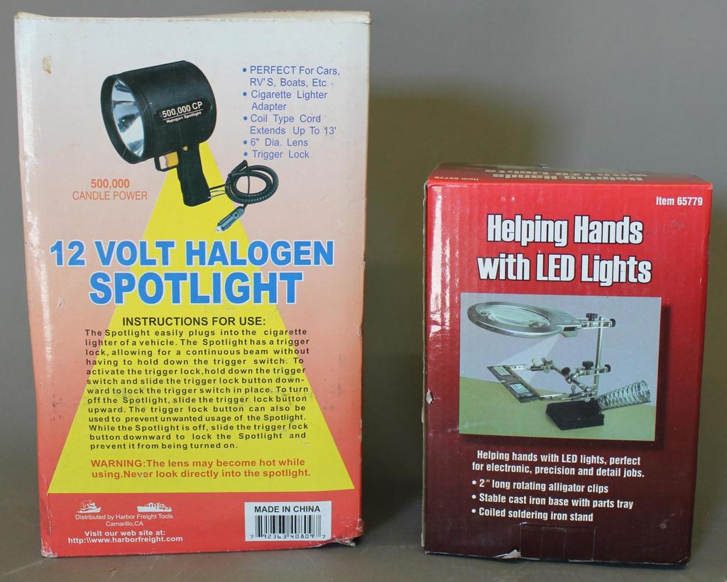 Lot: Helping Hands with LED Lights and Halogen Spotlight | Proxibid