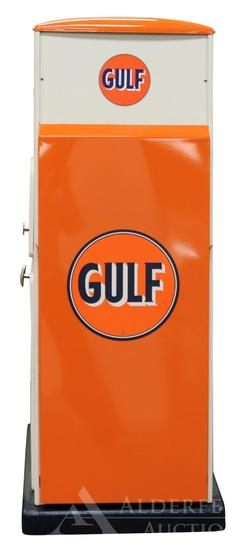 Sel-Oil Display Service Cabinet Restored in Gulf Oil