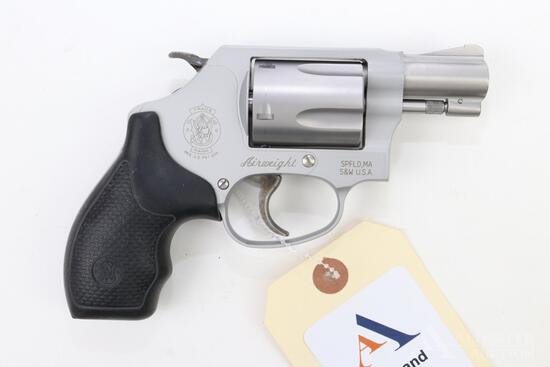 Smith & Wesson 637-2 Airweight double action revolver.